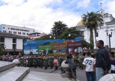 Répétition de cérémonie sur la place de l'Indépendance à Quito (2011)
