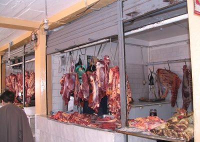 Etal de boucherie au marché d'Otavalo