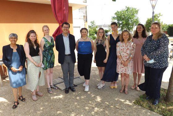 Rencontre entre Les étudiantes de dnmade et monsieur l'ambassadeur de l'Équateur