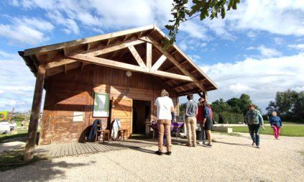La cabane-buvette du lac de virlay est gérée en août par Sam-Riobamba